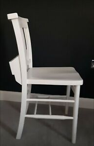 Set of 6 White dining room chairs