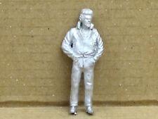 Mann mit Händen in den Taschen, Zinnfigur Nr. 31, unbemalt, Omen, 1:43