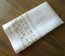 Vintage 1950s White Linen Guest Towel Tan Daisy Flowers Embroidery Cutwork