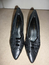 Ladies Fiore Leather Shoes - Size 4