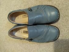 Ladies Loretta Shoes Size 5