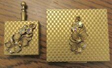 Vintage S.F. Co. 5th Avenue Compact w/Mirror, Screen & Puff w/ Matching Pill Box