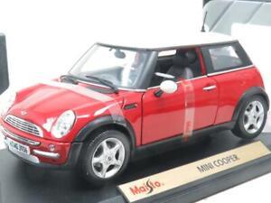 Maisto Miniature 31619 Mini Cooper Rouge/Blanc Toit 1 18 Echelle Emballé