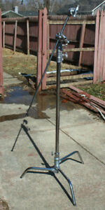 Impact LS-CT40M C-Stand with KCP-200 and arm