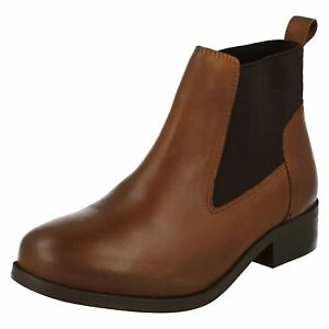 Ladies Spot On Brown Leather Pull On Ankle Boots : F50649