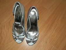 Vamp Size 3 Peep Toe Silver Satin Look Shoes. New