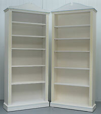 PAIR OF HAND PAINTED DRAGON'S OF WALTON STREET RRP £2892 BOOKCASES CHILDRENS