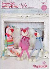STYLECRAFT 9214 KITTENS/CATS & PAW PRINT CUSHION ORIGINAL - CROCHET - DK