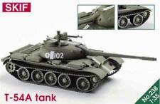 Un tanque de batalla principal T-54 (soviético MKGS) 1/35 SKIF Raro