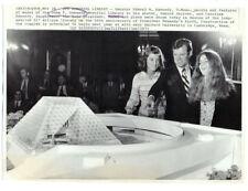 TED KENNEDY, CAROLINE KENNEDY original wire photo 1973 JFK