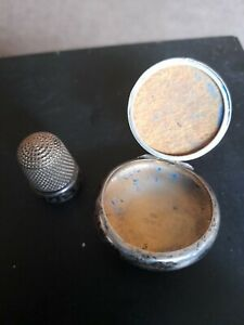 Antique silver thimble hallmarked Chester 1912 size 13 HG&S & SILVER LOCKET