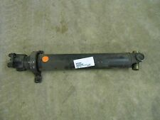 88935904 GM PROPELLER DRIVE SHAFT W/ CARRIER BEARING 2003 2004 GMC C4500 C5500