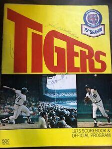MLB BASEBALL DETROIT TIGERS BALTIMORE SCOREBOOK + SIGNATURES 1975 EXCELLENT CON
