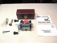 ABU GARCIA AMBASSADEUR FISHING REEL W/ LEATHER CASE - MODEL 6600-C -SUPER CLEAN