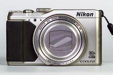 Nikon Coolpix S9900 Silber