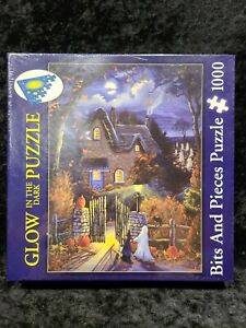 Tess's Halloween Studio Puzzle GLOW IN THE DARK BITS AND PIECES 1000 Piece NEW!