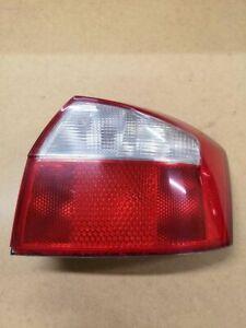 Audi A4 S4 B6 8E 8H 2002 Right  Rear/tail lights 153930 JUT5000