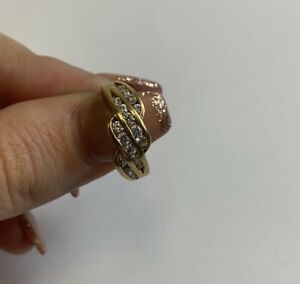 Beautiful Vintage 9ct Gold CZ Stone Ring Size K