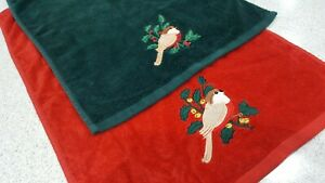 Two Christmas Robin Hand Towels Red/Green