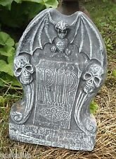 Gostatue skulls with bat tombstone plastic mold concrete halloween mould