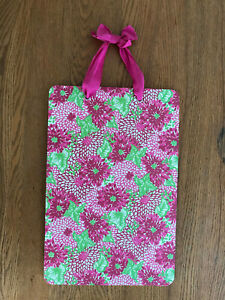 LILLY PULITZER Pink Green Flowers Hanging Magnetic Memo Board Decor VGC