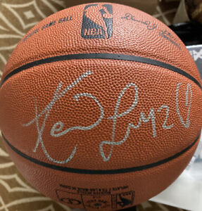 KEVIN LOVE Hand Signed Official Spalding Basketball PSA Certificate Drawn Heart