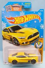 2838 HOT WHEELS CARTE US / MUSCLE MANIA 2015 / FORD MUSTANG GT 2015 1/64
