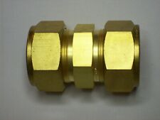 "1 - New Swagelok Brass Union Fitting, 1"" OD Tube, B-1610-6"
