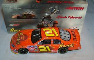 1:24 ACTION 2004 #21 REESE'S PEANUT BUTTER CUP LAS VEGAS RACED WIN KEVIN HARVICK