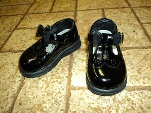 McKids Action Flex Dressy Black Shoes. Sz. 4 Girl's.