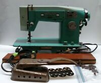 Vintage White Model 463 Zigzag Sewing Machine with Hardware and Pedal