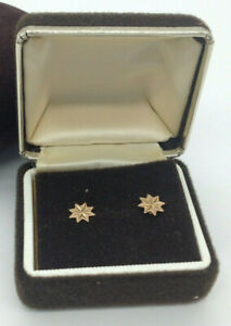 9ct Gold Star Design Stud Earrings (LP159J)
