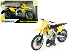 Suzuki RM-Z450 Yellow 1/12 Motorcycle Model by New Ray