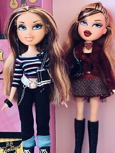 Bratz Dolls Twins Valentina & Oriana In Original Outfits MGA Entertainment