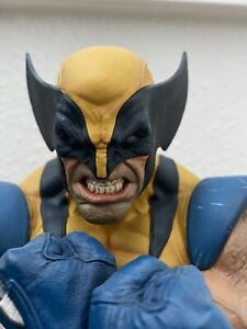 SIDESHOW COLLECTIBLES WOLVERINE BUST STATUE (670/750)