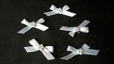 5 Bianco 6mm multifunzione Multifunzione fiocchi con un cerchio di Perline