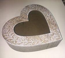 Shabby Chic Lavado De Madera Tallada en forma de corazón Caja de ventana nuevo Baratija Joyería