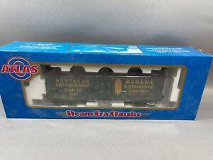 Atlas 8115-2 O 40' Woodside Refrigerator Car Banana Dist.Co #7059 (3 Rail) w/Box