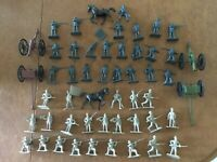 Civil War Union Confederate toy soldiers 52 piece set includes cannons limbers