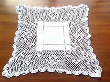 VINTAGE HAND CROCHET WHITE LINEN TABLE CENTRE DOILEY CLOTH 15X15 INCHES
