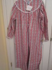 Lanz Of Salzburg Flannel Nightgown  Red and White with Hearts MEDIUM Gown NWT!