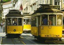 Ansichtskarte: Straßenbahnen Lissabon Linie 28 in der Altstadt - vintage trams