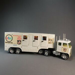 VTG Nylint ABC Wide World Of Sports Tractor Trailer Truck 1980 Winter Games NICE