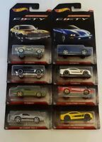 Hot Wheels DWC85 Camaro Fifty 8 Modellautos 1967-2017 8er Serie komplett Neu