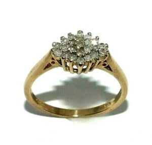 Ladies 9ct yellow gold ring set with a cluster of sparkling diamonds, UK size O