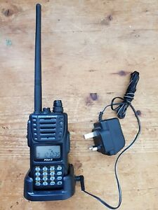 Vertex Standard VXA-300 Pilot III Air Band Transceiver Radio