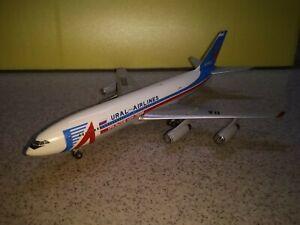 Ilyushin IL-86 RA-86093 Ural Airlines scale model 1/200 [PRE-ORDER]