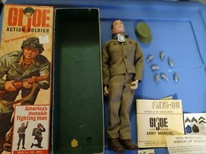 Vintage 1964 #7500 Gi Joe action soldier with box
