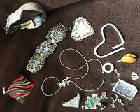 Mode-SCHMUCK Sammlung SILBERfarben: Kette  Armband  Ohrringe  Anhänger  Brosche