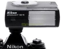 Nikon flash SB15 TTL con reflex a pellicola, automatico e manuale con digitali.